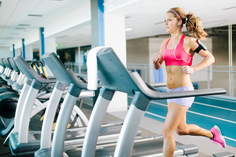 Running on a treadmill with Run Trainer